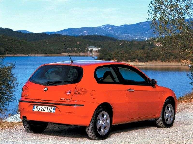 Alfa Romeo 147 3 drzwiowy hatchback pierwszej generacji 1.9 JTD MT (2000 2001)