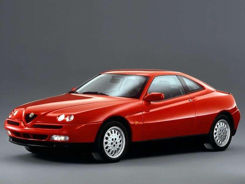 Alfa Romeo GTV 916 Coupé 2.0 MT (1995–2006)
