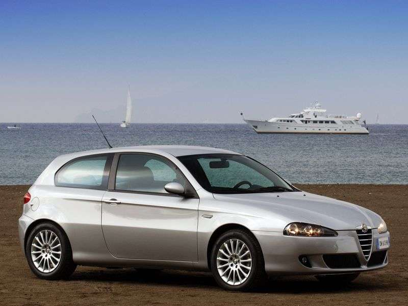 Alfa Romeo 147 2nd generation hatchback 3 bit. 1.6 MT (2004–2010)
