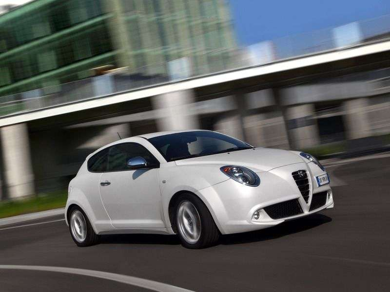 Alfa Romeo MiTo 1st generation 1.4 MT MultiAir Distinctive hatchback (2008 – current century)