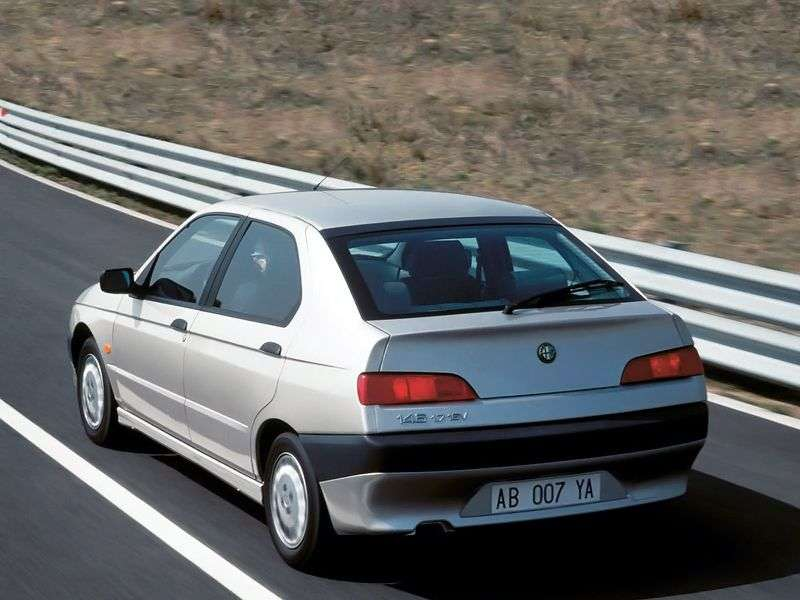 Alfa Romeo 146 930 sedan 1.4 MT (1995–1997)