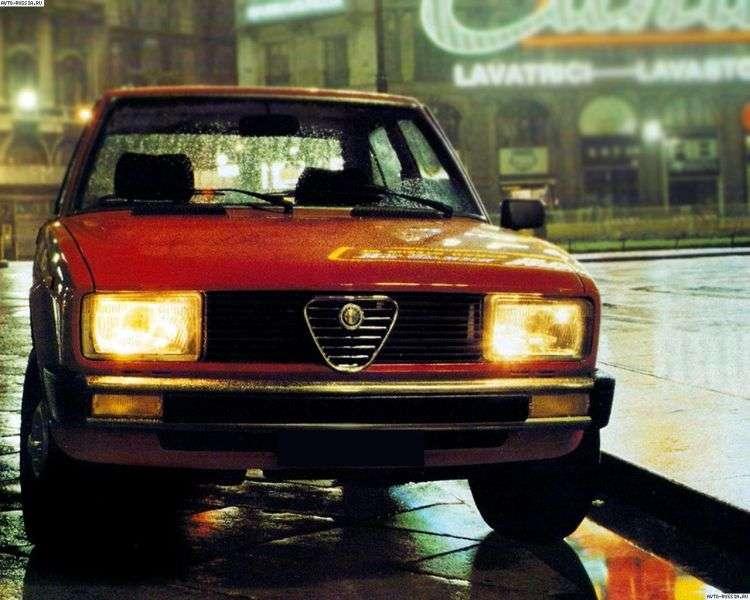 Alfa Romeo Giulietta 116 Sedan 2.0 MT (1980–1981)