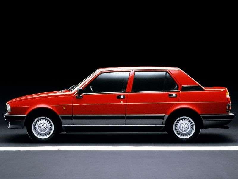 Alfa Romeo Giulietta 116 [druga zmiana stylizacji] sedan 2.0 MT (1983 1985)