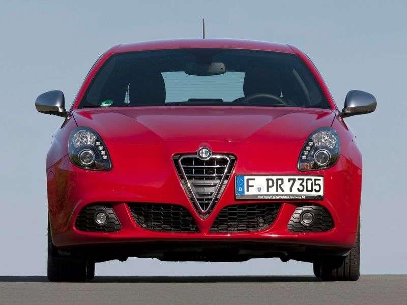 Alfa Romeo Giulietta 940etchback 1.75 Quadrifoglio Verde TBi MT (2010 – current century)