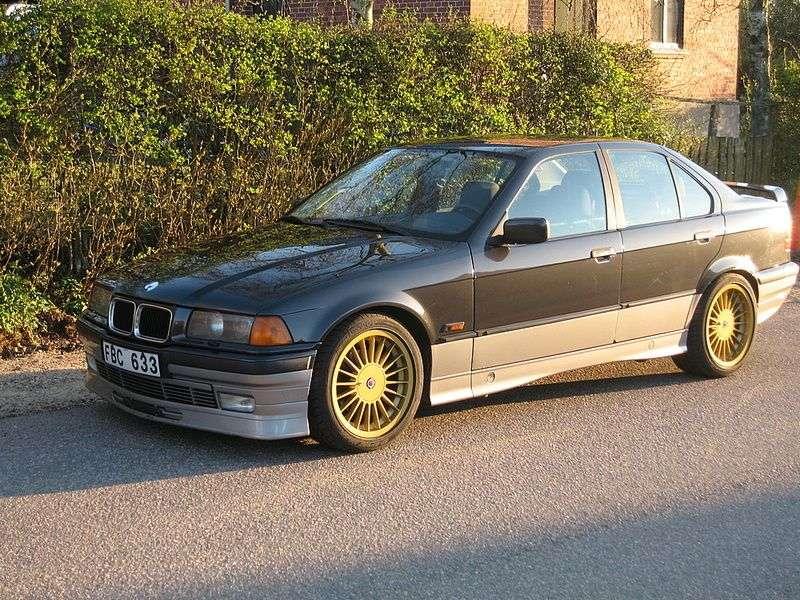 Alpina B3 E36 sedan 3.0 MT (1993–1995)