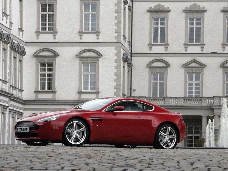 Aston Martin Vantage 3 generation [restyling] V8 coupe 2 bit. 4.7 V8 MT Basic (2008–2012)