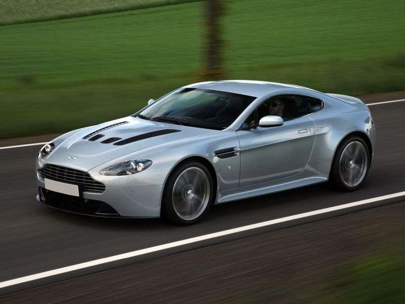 Aston Martin Vantage 3rd generation [restyling] V12 coupe 2 bit. 6.0 V12 MT Basic (2009–2013)