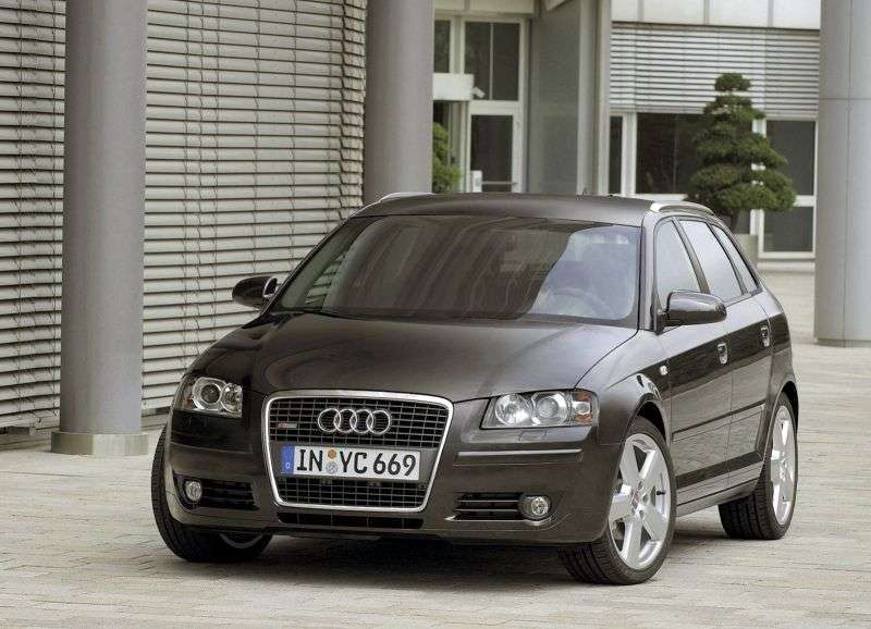 Audi A3 8P / 8PA [restyling] Sportback hatchback 5 dv. 2.0 TFSI MT Quattro (2005–2006)