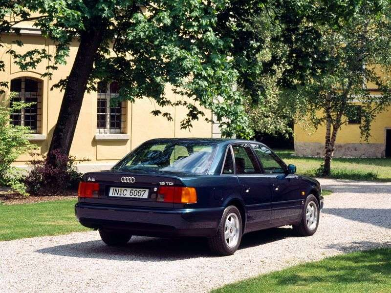 Audi A6 A4, C4 sedan 2.6 quattro AT (1994–1997)