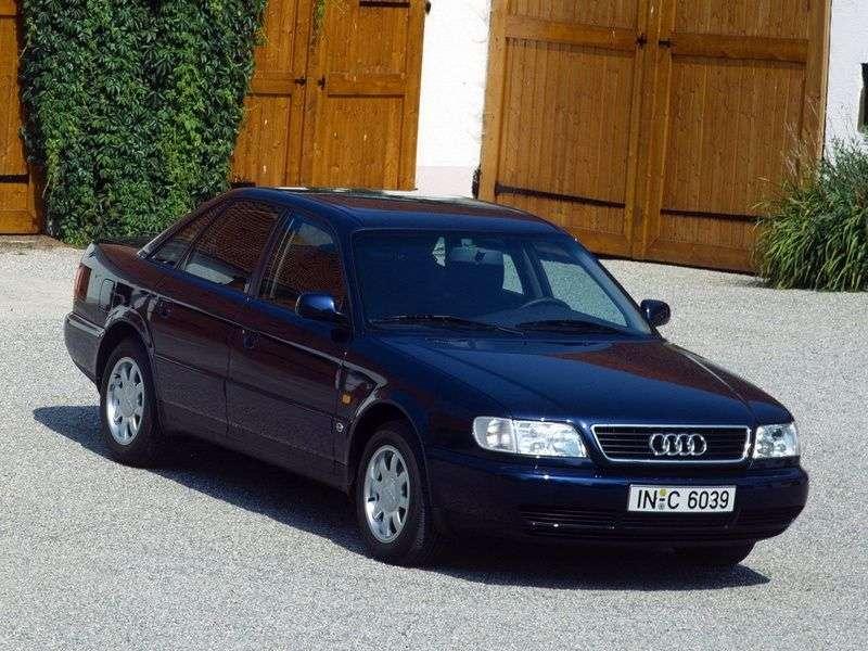 Audi A6 A4, C4 sedan 2.6 quattro MT (1994–1997)