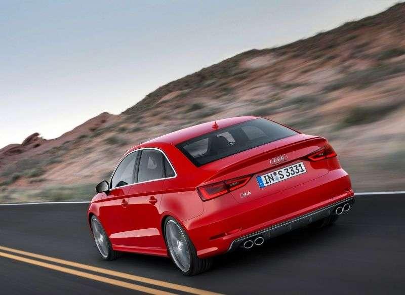 Audi S3 8V sedan 2.0 TFSI quattro MT (2013 obecnie)