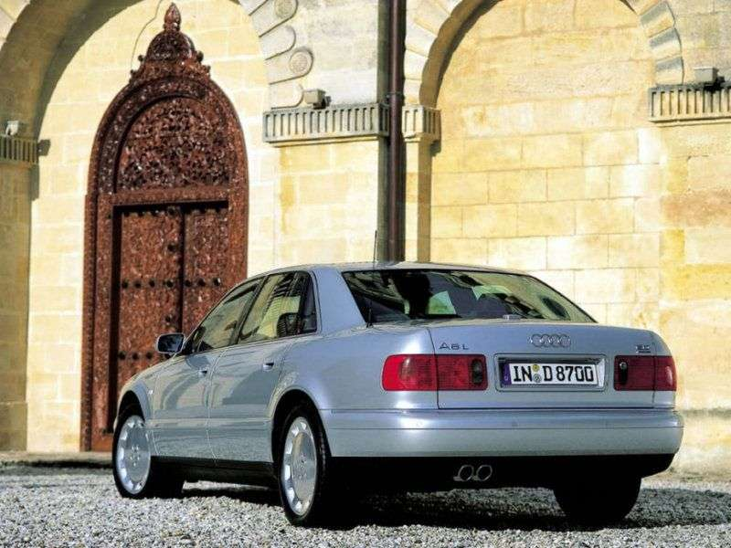 Audi A8 D2 / 4D [restyling] 4 door sedan. 4.2 L quattro AT (1999–2002)