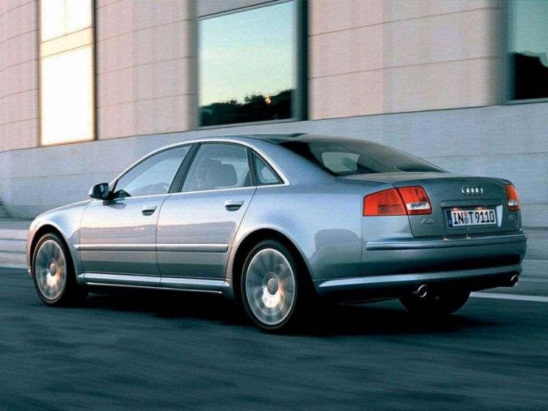 Audi A8 D3 / 4Esedan 6.0 quattro AT (2004–2005)