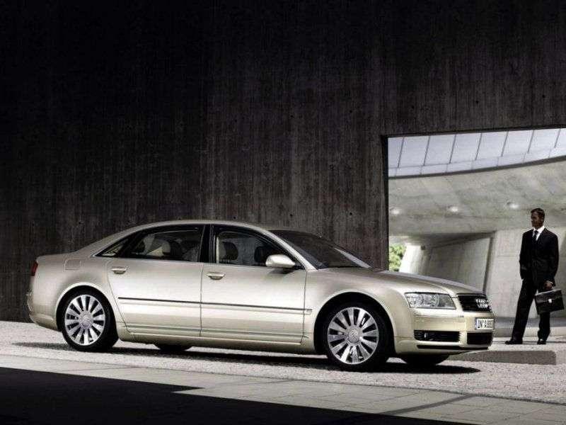 Audi A8 D3 / 4Esedan 3.0 TDI quattro AT (2004–2005)
