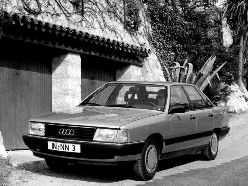 Audi 100 44, 44Q, C3Sedan 2.2 E Turbo MT quattro (1986–1990)