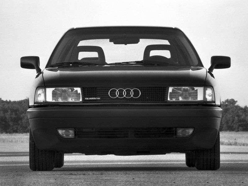 Audi 80 8A, B3sedan 2.0 E MT (1988–1990)