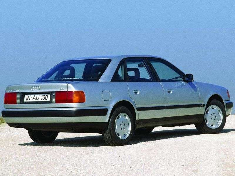 Audi 100 4A, C4 sedan 2.6 V6 quattro MT (1992–1994)