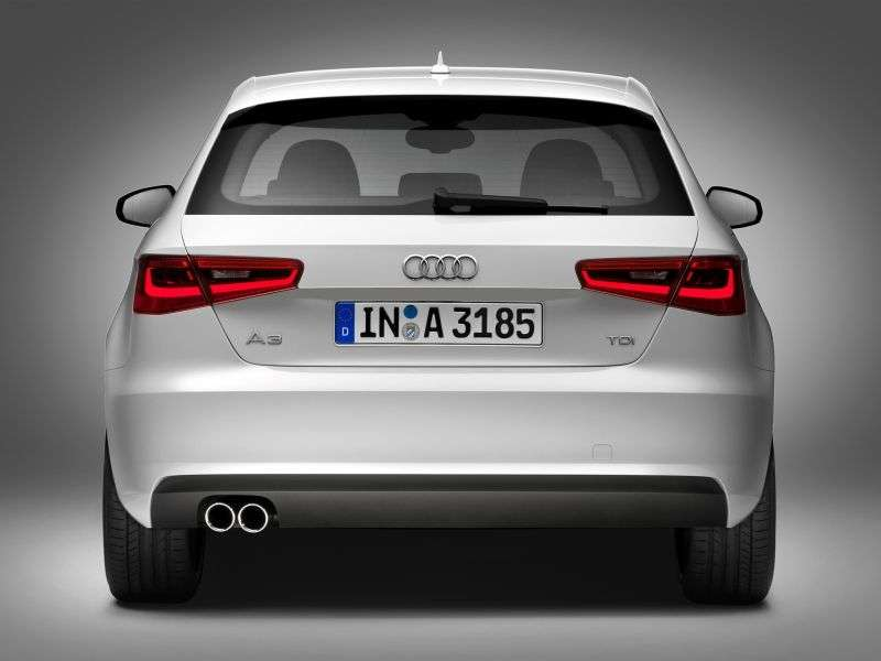 Audi A3 8Vhatchback 1.8 TFSI MT Attraction (2012 – n.)