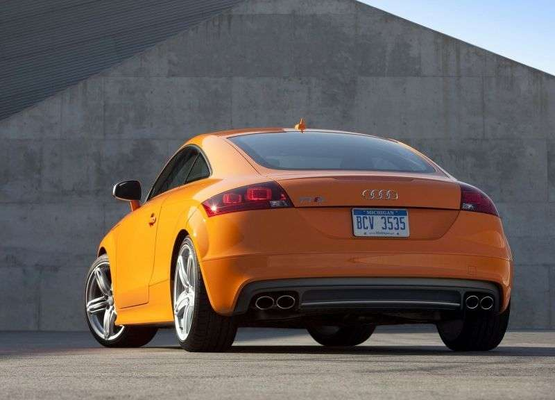 Audi TT 8J [restyling] S coupe 2 bit. 2.0 TFSI quattro MT Basic (2010 – present)