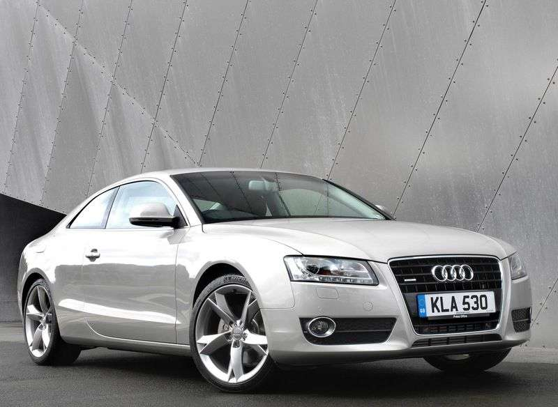 Audi A5 1st generation coupe 3.2 FSI Basic CVT (2007–2011)