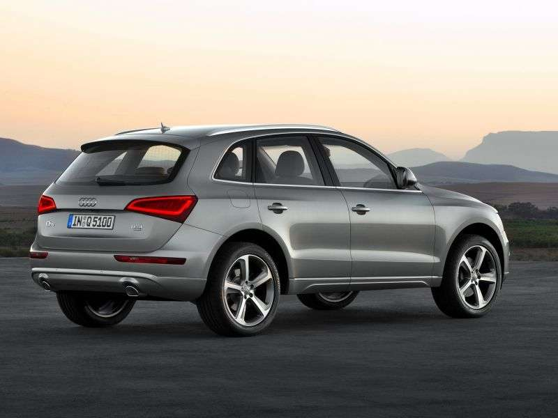 Audi Q5 1st generation [restyled] crossover 2.0 TFSI Hybrid quattro Tiptronic Basic (2012 – n.)