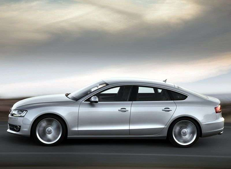 Audi A5 1st generation Sportback liftback 2.0 TFSI CVT Basic (2009–2011)