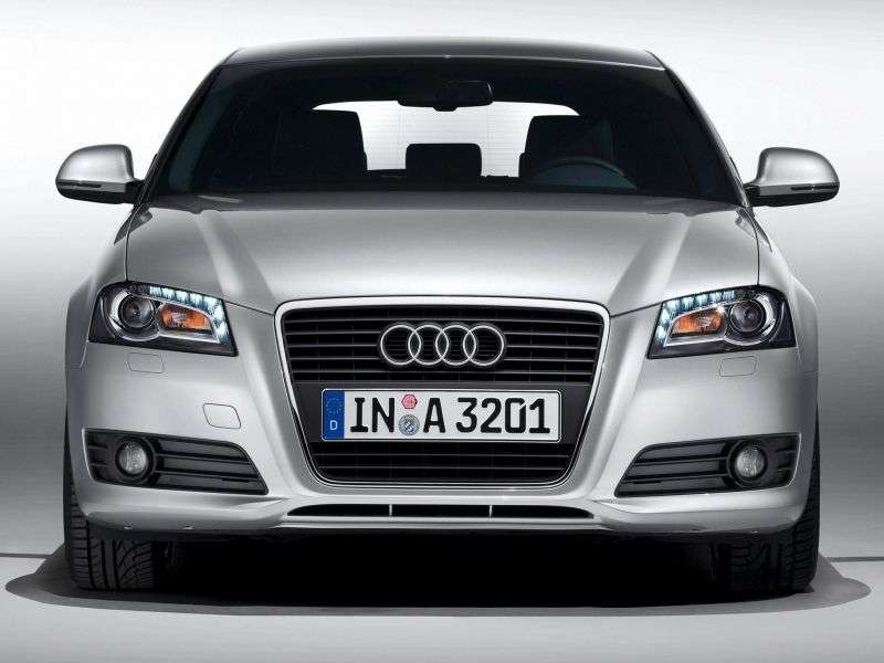Audi A3 8P / 8PA [2nd restyling] 3 bit hatchback 1.6 TDI MT (2009–2012)