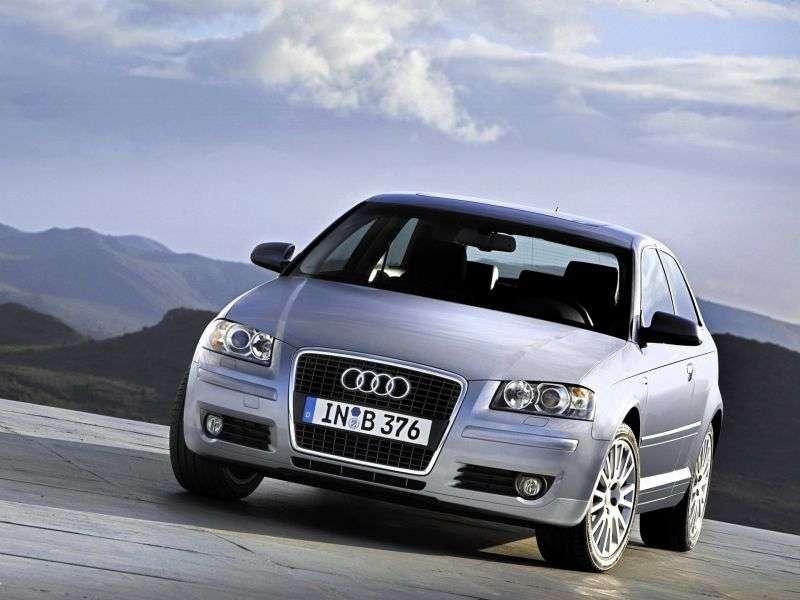 Audi A3 8P / 8PA [restyling] 3 bit hatchback 1.6 MT (2006–2006)