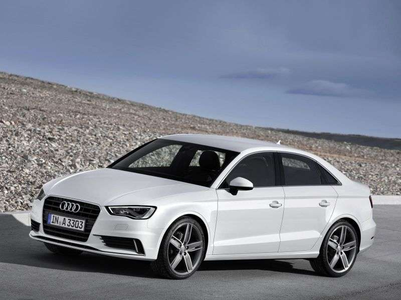 Audi A3 8Vsedan 1.8 TFSI S tronic Attraction (2013 – n.)