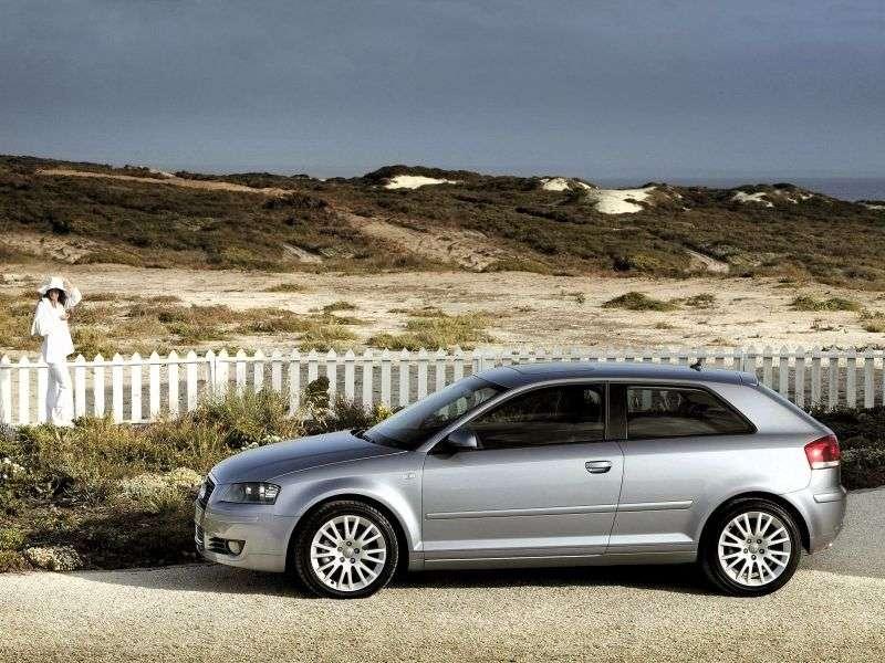 Audi A3 8P / 8PA [restyling] 3 bit hatchback 2.0 TFSI MT (2006–2006)