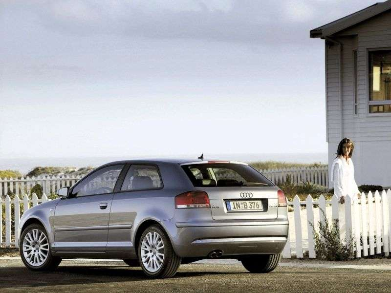 Audi A3 8P / 8PA [zmiana stylizacji] hatchback 3 drzwiowy. 2.0 FSI S tronic (2005 2006)