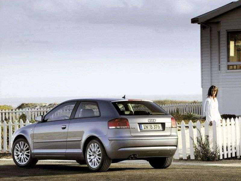 Audi A3 8P / 8PA [restyling] 3 bit hatchback 2.0 FSI S tronic (2007–2008)