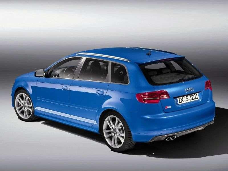 Audi S3 8P / 8PA [restyling] Sportback hatchback 5 dv. 2.0 TFSI quattro S tronic Basic (2008–2012)