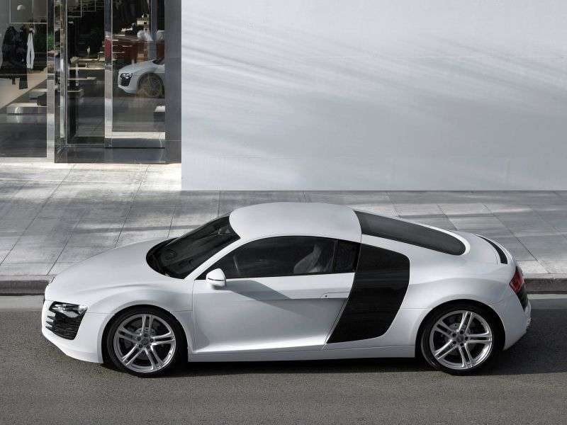 Audi R8 1 generation coupe 2 doors 5.2 FSI quattro MT Basic (2007–2012)
