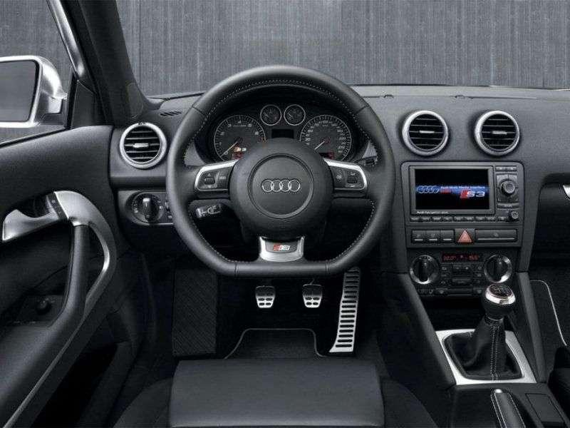 Audi S3 8Phetchbek 3 dv. 2.0 TFSI quattro MT (2006–2008)