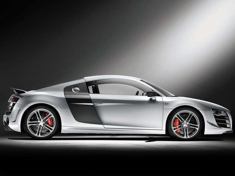 Audi R8 1 generation GT coupe 2 bit. 5.2 FSI quattro R tronic Basic (2010–2012)