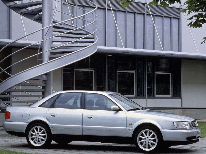 Audi S6 C4sedan 2.2 Turbo quattro AT (1994–1997)