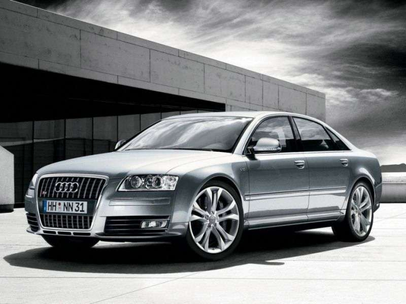 Audi S8 D3 [restyling] sedan 5.2 FSI quattro AT (2005–2011)