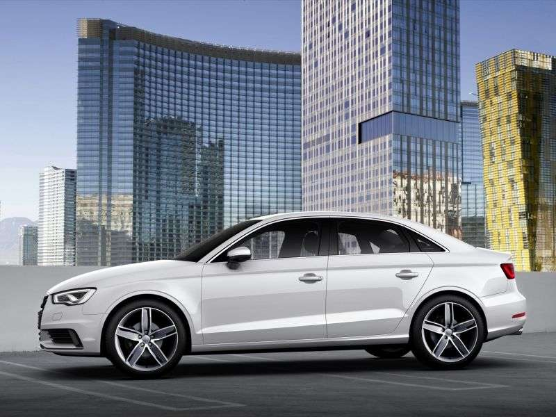 Audi A3 8Vsedan 1.8 TFSI quattro S tronic Attraction (2013 – vv.)