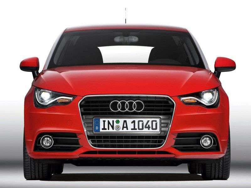 3 drzwiowy hatchback Audi A1 pierwszej generacji 1.4 TFSI S tronic Attraction (2010 obecnie)
