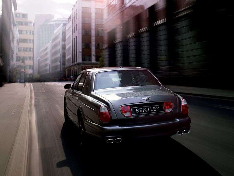 Bentley Arnage 2nd generation RL 4 door sedan. 6.75 Twin Turbo AT (2003–2006)