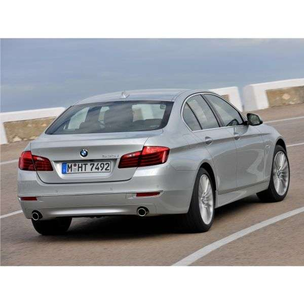 BMW 5 Series F10 / F11 [restyling] 535d xDrive AT Sedan (2013 – n.)