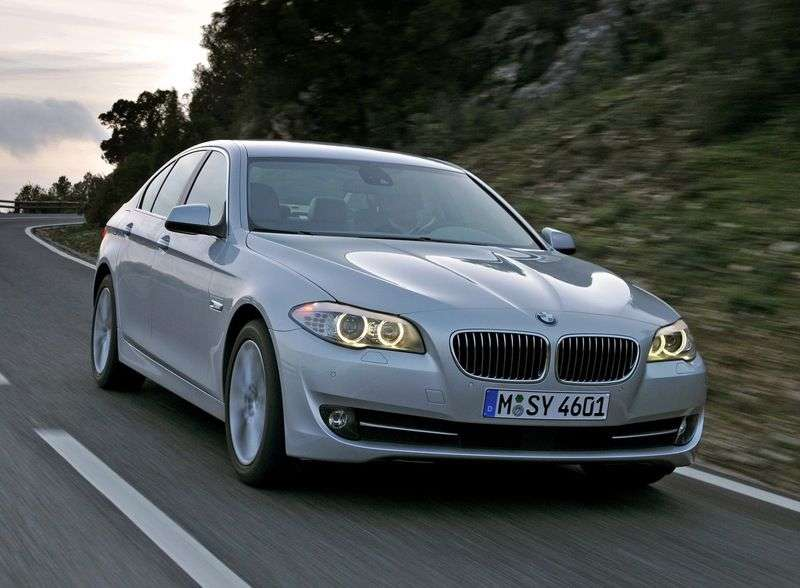 BMW 5 Series F10 / F11sedan 535i xDrive AT Basic (2010 – current century)