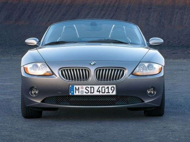 BMW Z4 E85 Roadster 2.2i AT (2003–2005)