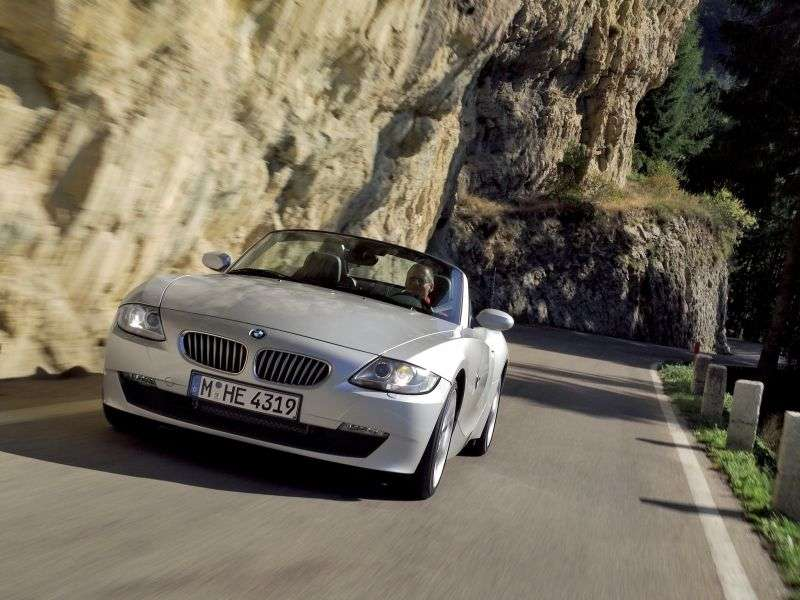 BMW Z4 E85 / E86 [restyling] 2.5i MT roadster (2005–2008)