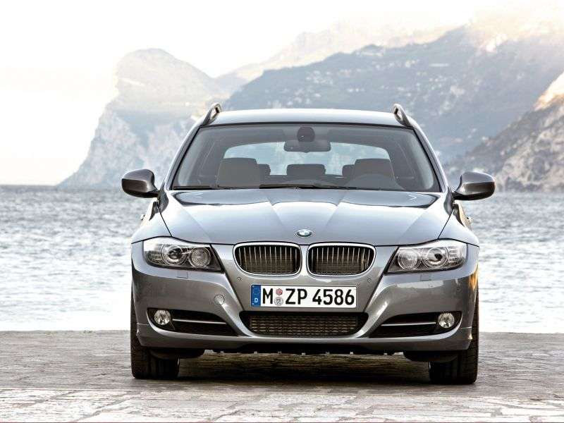 BMW 3 Series E90 / E91 / E92 / E93 [Restyling] Touring Wagon 320i MT Basic (2009–2012)