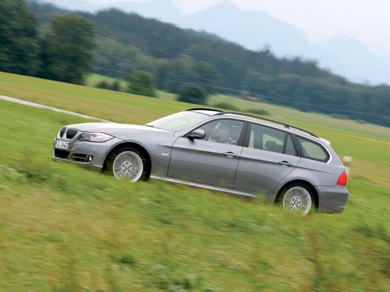 BMW 3 Series E90 / E91 / E92 / E93 [Restyling] Touring Wagon 325i MT (2008–2009)