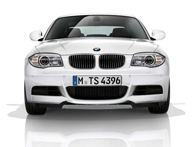 BMW 1 Series E82 / E88 [2nd Restyling] Coupe 128i MT (2011 – n.)
