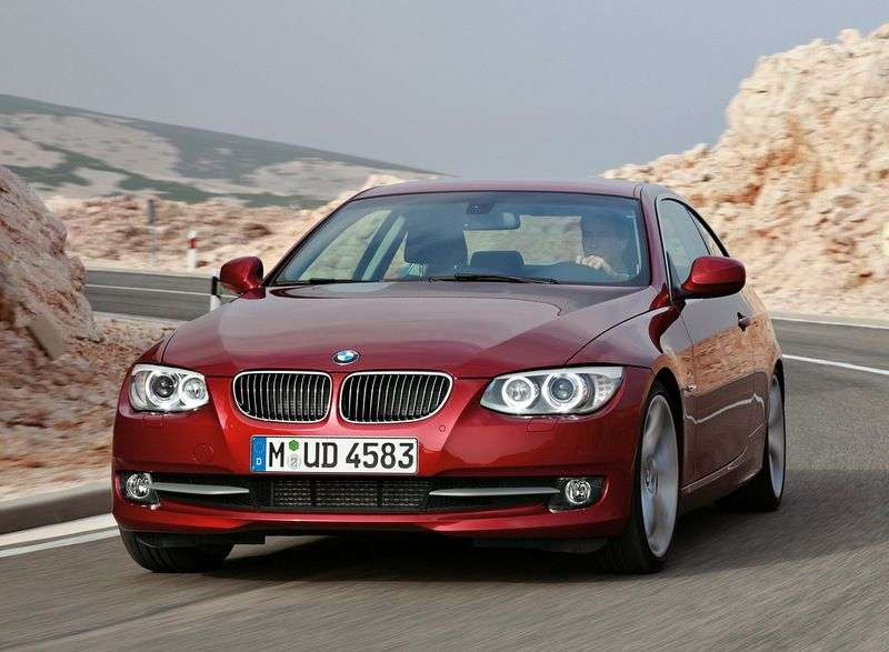 BMW 3 Series E90 / E91 / E92 / E93 [Restyling] Coupe 320i AT Special Series (2010 – AD)