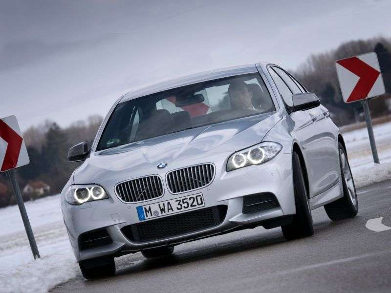 BMW 5 Series F10 / F11Sedan 535i MT Basic (2010 – current century)